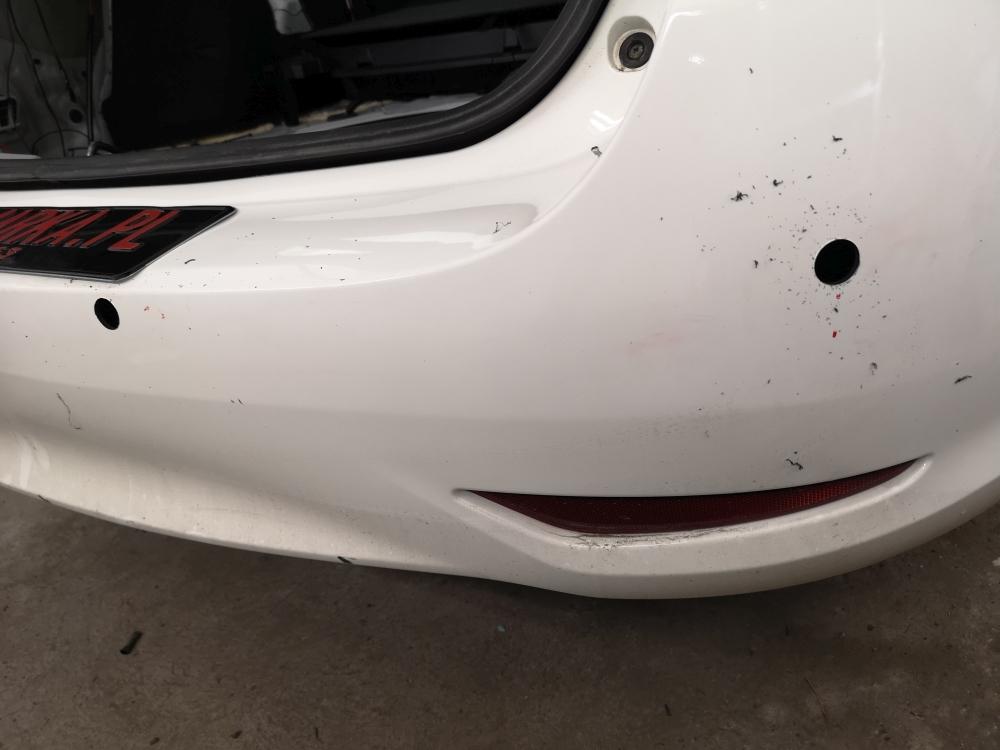 Montaż czujników parkowania Toyota Avensis kombi rocznik 2016