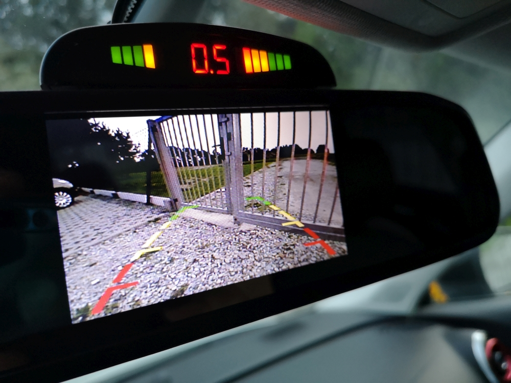 Czujniki i kamera cofania Audi